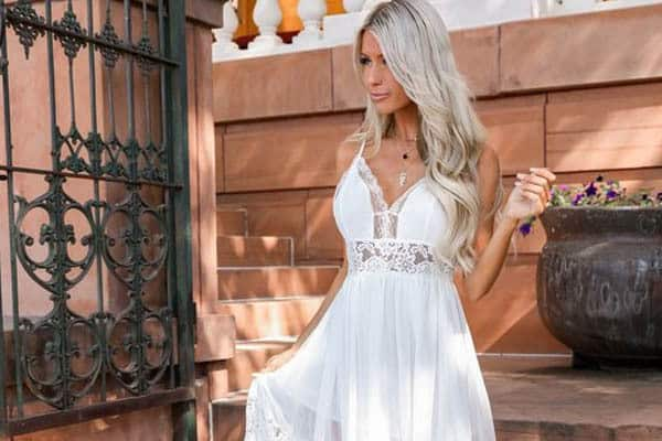 Wedding dress for spring theme